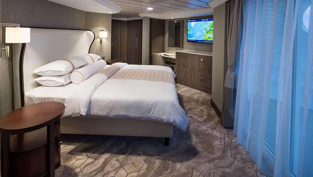 Bedroom - Azamara Pursuit