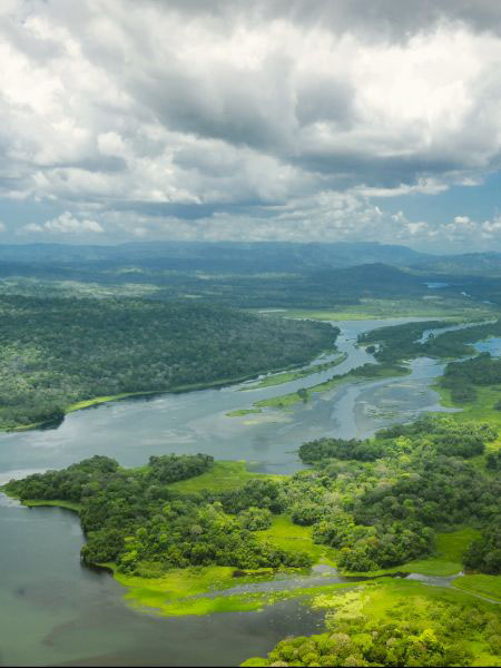 Lee Abbamonte's Guide To The Panama Canal