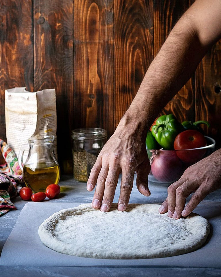Blog - Making Greek Pizza - The Hungry Bites