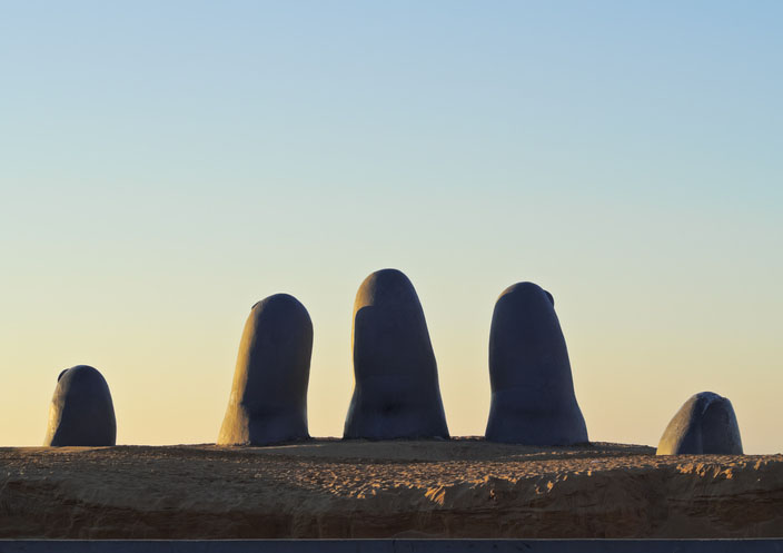 Playa Brava, La Mano(The Hand) sculpture in Punta del Este