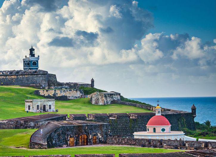 Old San Juan Walking Tour Highlights with Airport Transfer