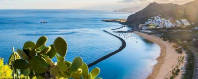 Sweeping Canary Island coastline